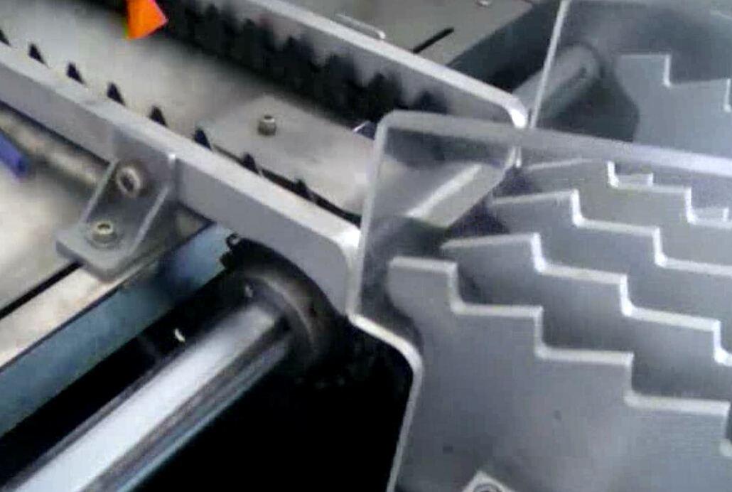 SA-60PS全自动笔杆丝印机运转